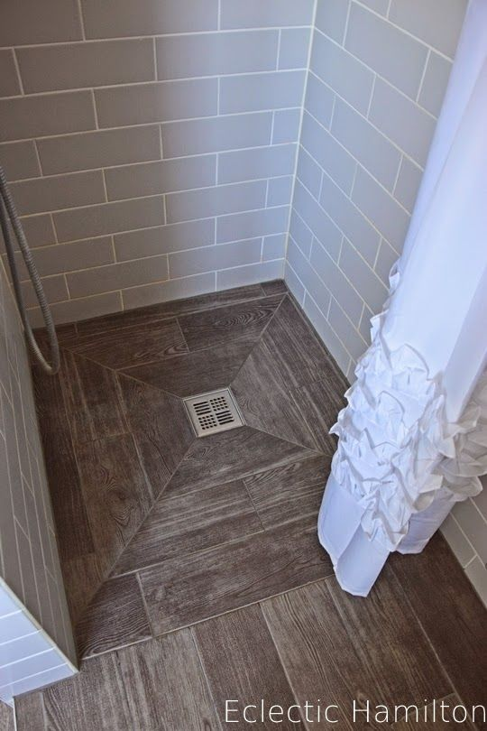die besten 25 bad holzfliesen ideen auf pinterest holzfliesen dusche master dusche fliese. Black Bedroom Furniture Sets. Home Design Ideas