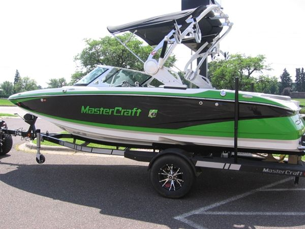 I would like to own this master craft boat.