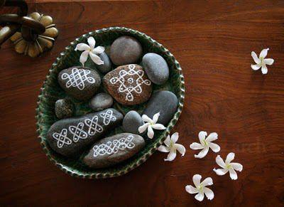 Kolam pebbles