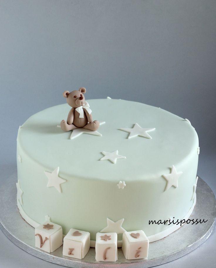 Marsispossu: Ristiäiskakku tähdillä, Christening cake