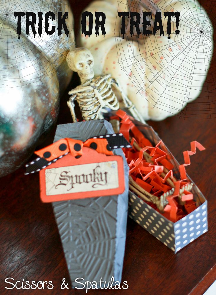 1000+ Ideas About Halloween Coffin On Pinterest