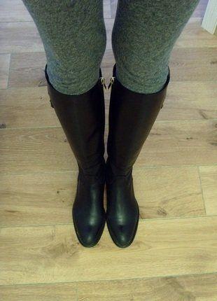 Kup mój przedmiot na #vintedpl http://www.vinted.pl/damskie-obuwie/kozaki/16882827-kozaki-oficerki-oficery-czarne-przylegajace-waska-cholewka-37-skora-naturalna