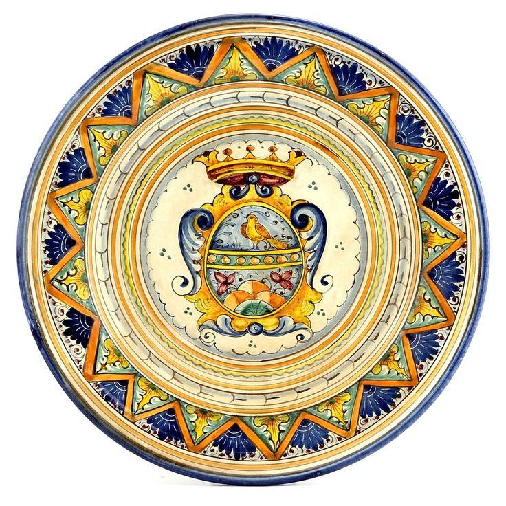 MAJOLICA STEMMA GEOMETRIA: Wall Plate with Renaissance Crest (16D)