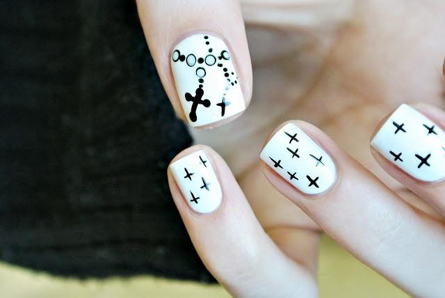 Cross nail art tutorial