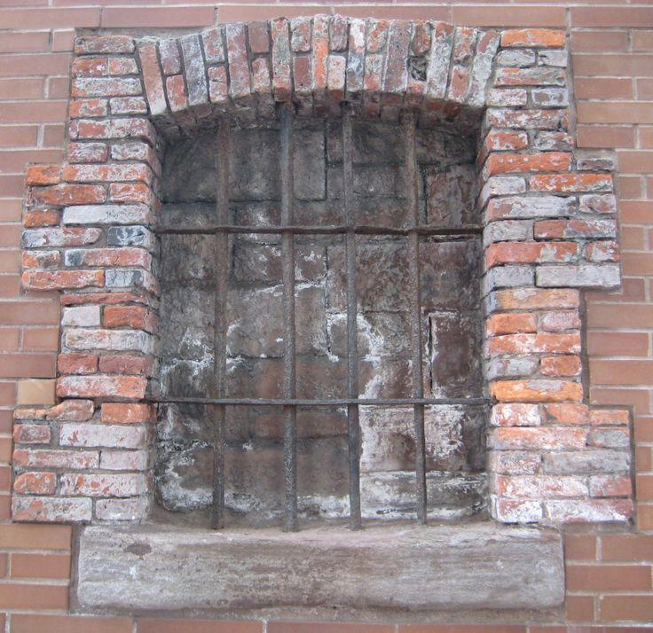 Rhinelander Sugar House window: The last remnant of a Revolutionary War prison (New York)