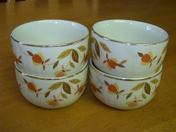 Vintage 1950u0027s Hallu0027s Superior Jewel Tea Autumn Leaf by TraceyAnns : autumn leaf dinnerware - Pezcame.Com