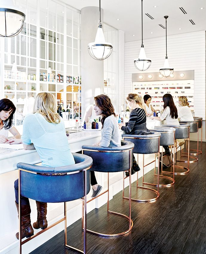 The Brooklyn-meets-Paris interior of this beauty salon by Toronto firm +tongtong, Her Majesty's Pleasure, comes complete with a full-service café: http://enroute.aircanada.com/en/articles/toronto-montreal-grooming // Conçu par l'agence torontoise +tongtong, Her Majesty's Pleasure, ce salon de beauté dont la déco évoque tant Brooklyn que Paris est aussi un café: http://enroute.aircanada.com/fr/articles/bien-s-habiller-a-montreal-et-toronto