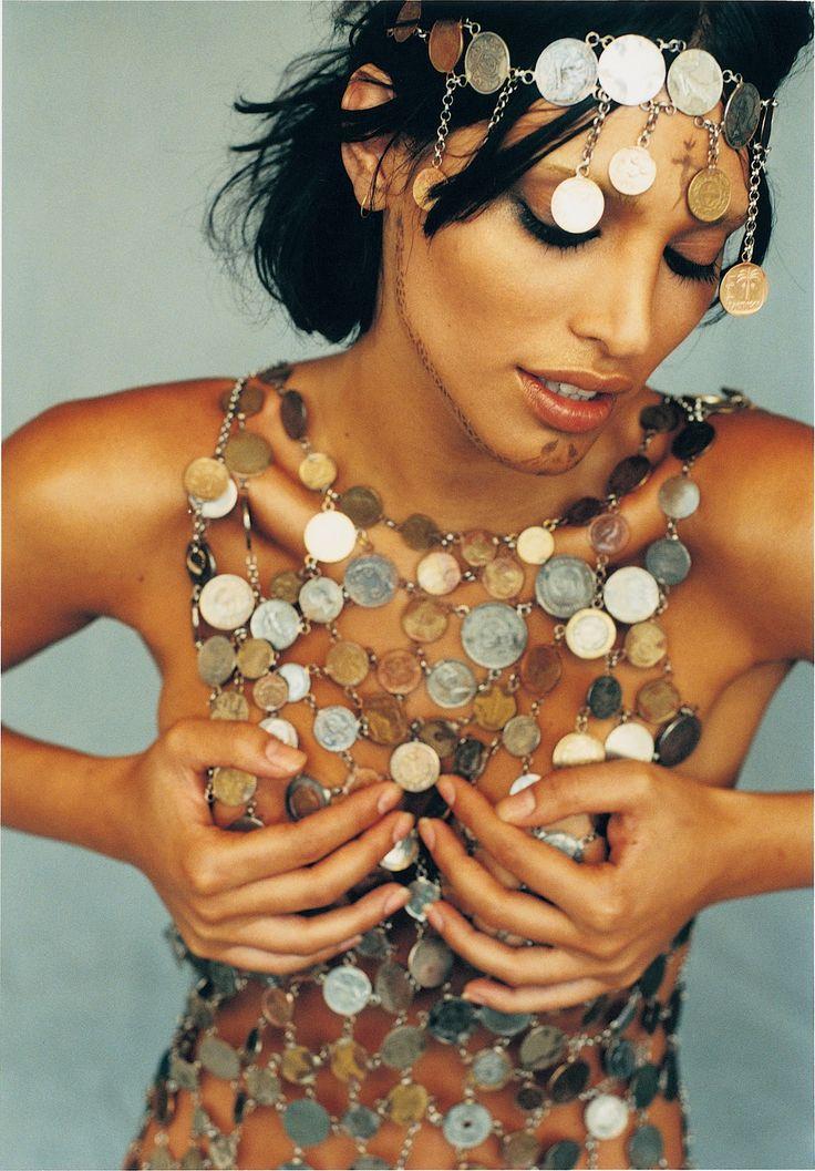 "NURIT BAT-YAAR FASHION-ART: Israeli Fashion from ""Israel Fashion Art"" book in British & U.S.A Web-Magazines"