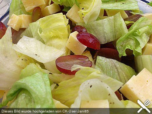 Käse - Trauben - Salat (Rezept mit Bild) von ulkig   Chefkoch.de