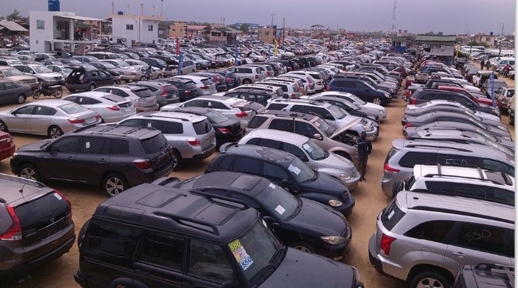 Buhari at a head on collision with ECOWAS over ban on car importation