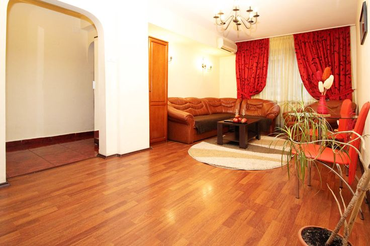 Business travel ready apartment in center of Bucharest.