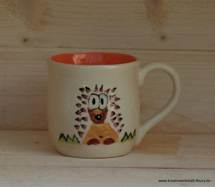 Handgefertigte Tasse aus Ton. Für eine gemütliche Stunde bei Kaffee oder Tee...