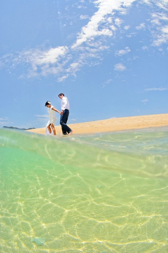 Queensland wedding locations | Langford Reef in the Whitsundays #couple #wedding #ocean