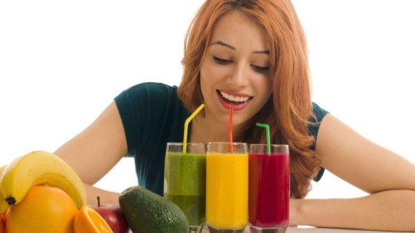 Hollywood se zbláznil do zelených nápojů! Pročistěte si tělo, pleť a zažeňte únavu se zelenými džusy!