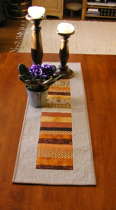 nice fall table runner idea could change to redgreens for christmas table runner