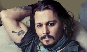Johnny Depp: Στο σφυρί βγάζει την περιουσία του για να ξεχρεώσει   Ο Johnny Depp ξεπουλά τα πάντα για να ξεχρεώσει εκείνο όμως που δεν πουλά ακόμα είναι το ιδιωτικό του αεροσκάφος. Ο ηθοποιός έχει κινηθεί  from Ροή http://ift.tt/2sXDVJf Ροή