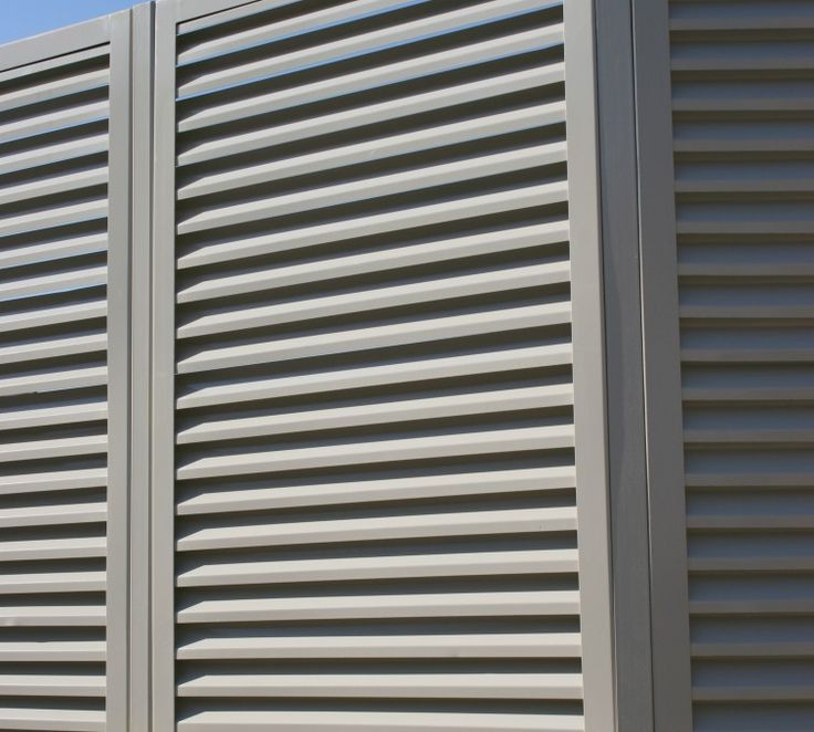 Louvered Fence Panel Angled Post Connection