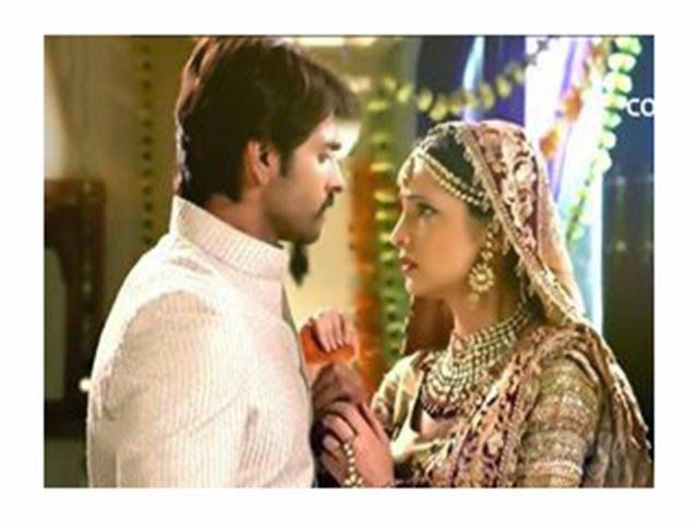 mohini says I got this bajhan written paper outside mandir don't know how it came in newspaper, rudra   Read more: http://www.planetsanaya.org/2014/05/rangrasiya-episode-96-may-12th-2014.html#ixzz31WVNlZM9