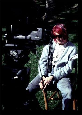 Kurt Cobain filming 'Come As You Are' #Nirvana