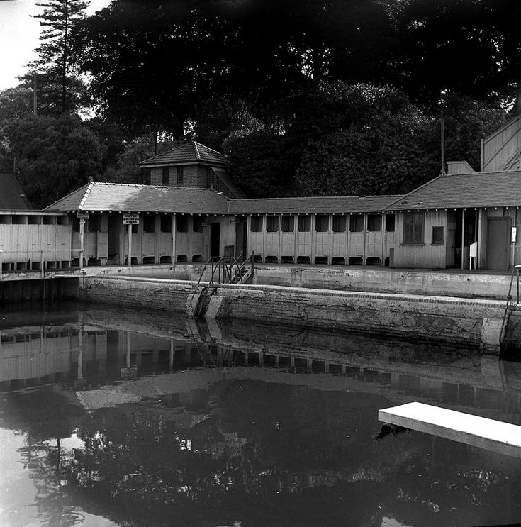 Domain Baths 1955