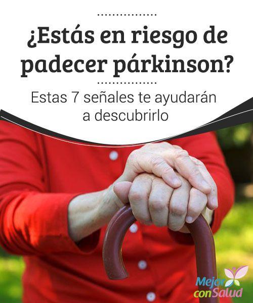 ¿Estás en riesgo de padecer párkinson? Estas 7 señales te ayudarán a descubrirlo  La falta de expresión facial puede ser uno de los primeros síntomas que presente la enfermedad de Parkinson. Si bien el paciente puede no percibirlo, sus allegados sí lo notarán