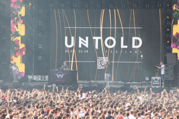 UNTOLD on fire!