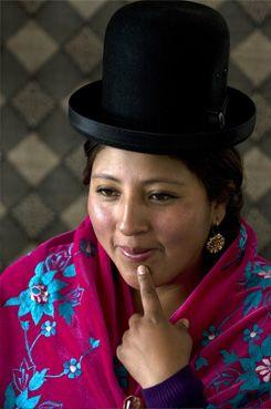 Young cholita wrestler cholitas pinterest - Westling muebles ...