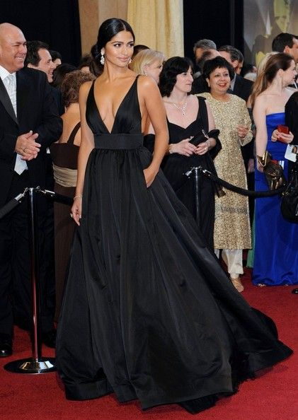 camilla alves black gown