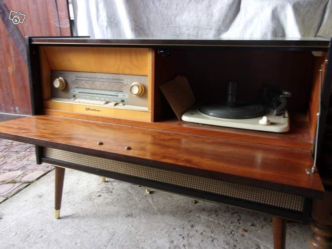 les 25 meilleures id es de la cat gorie tourne disques sur pinterest joueur record crosley. Black Bedroom Furniture Sets. Home Design Ideas