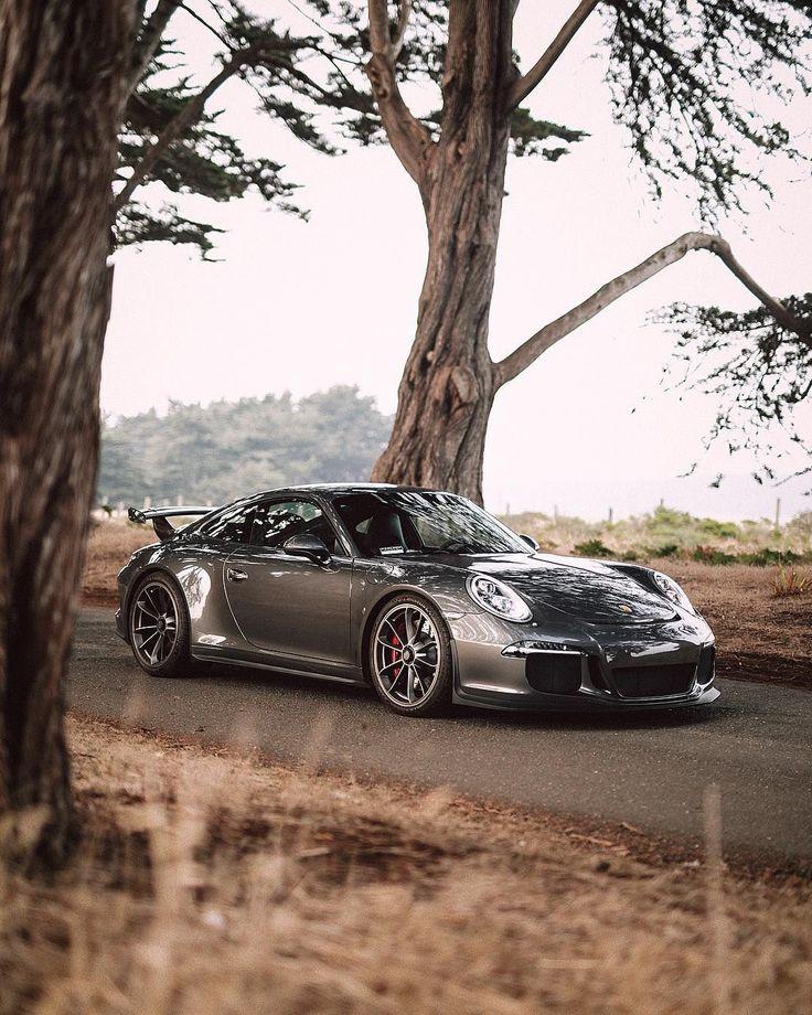wo beautiful beasts spotted outside @pristinedetailing_sa by @rob_scott88 • #ExoticSpotSA #Zero2Turbo #SouthAfrica #Porsche