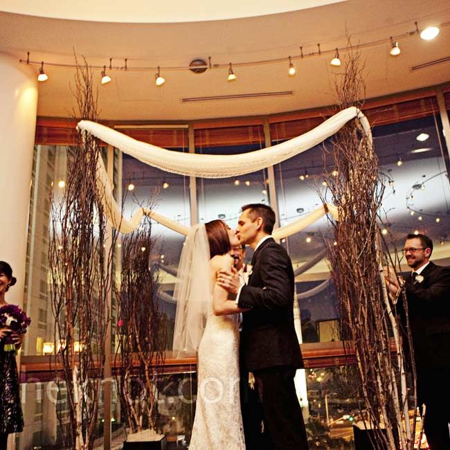 Diy Wedding Arch Ideas Indoor: 25+ Best Ideas About Indoor Wedding Arches On Pinterest