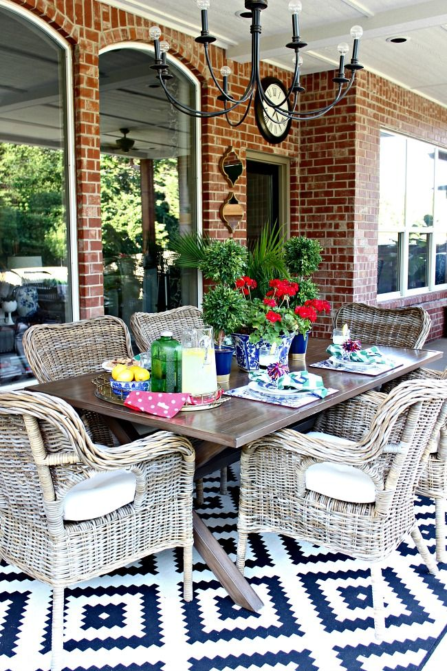 Summer Blogger Stylin' Home Tour  ||  Patio Makeover Reveal  ||  Outdoor Living Space  |||  Dimples and Tangles