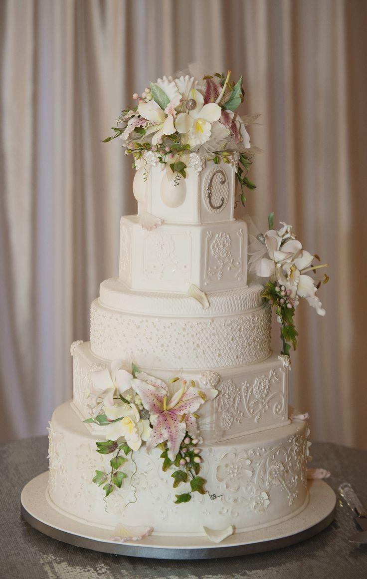 Eine Vintage Hochzeit In Treherne, Manitoba  – Cakes for all occasions x