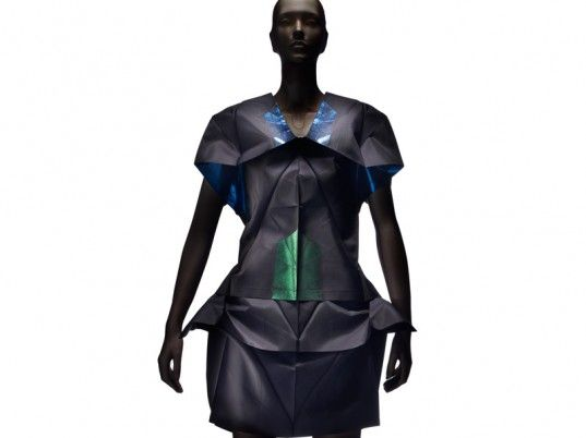 """Issey Miyake Unfolds Origami-Inspired """"132 5"""" Eco-Fashion Collection 