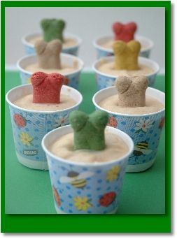 Peanut Butter Frozen Treats for dogs - I always make him treats but never thought to stick a bone in the frozen ones!