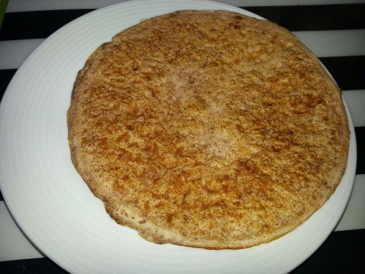Tortilla de claras (100 g. 1 PP) dulce con stevia líquida (0 PP) y canela en polvo. Tentempiés con antojo. Delicioso si acompañas con fruta o yogur