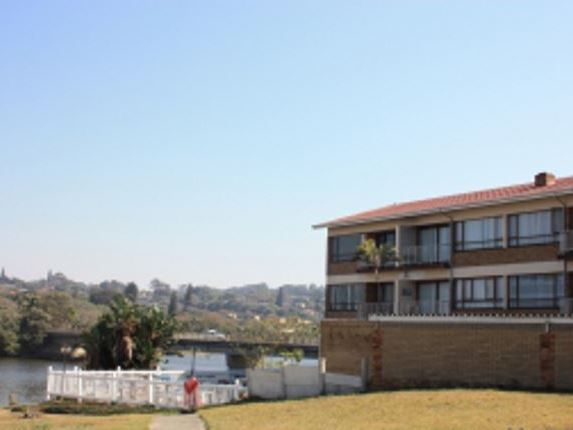 Clover Bay - Clover Bay is located in St Michaels on Sea, and offers lovely view of the ocean and the lagoon. It is located on the beachfront with a family restaurant, a beachfront bar and a fish shop at your doorstep.This ... #weekendgetaways #margate #southafrica
