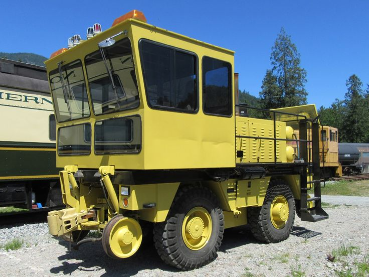 ReManufactured Shuttlewagon SWX 45A Railcar Mover CAT