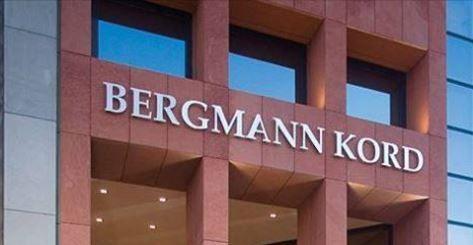 O Ειδικός επί ... Κεφαλής !  Με 38 χρόνια εμπειρίας και περισσότερες από 67.000 επιτυχημένες Μεταμοσχεύσεις Μαλλιών, η Bergmann Kord αποτελεί την ηγέτιδα δύναμη στον χώρο της ιατρικής Αντιμετώπισης της Τριχόπτωσης.