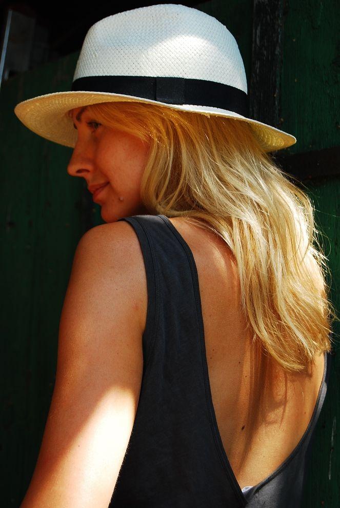 Hathat hat