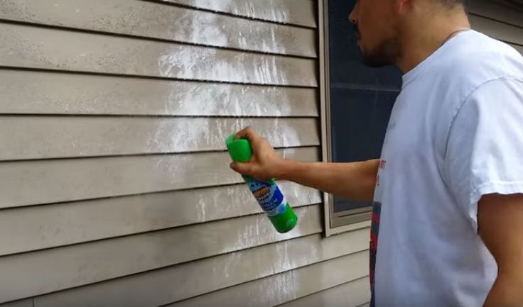 Use Scrubbing Bubbles to clean vinyl siding without a pressure washer.