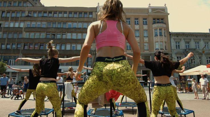 Wspominamy nasz letni event trampolinowy... Jest moc! :)))))  FIT AND JUMP - EVENT TRAMPOLINOWY -Łódź 2015 - David Guetta - Hey Mama  #body #workout #fitandjump #jump #trampoliny #trampolines #ciało #ćwiczenia #women #kobieta #beauty #video #music #relax #relaks #passion #happy #happiness #smile