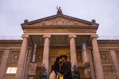 Oxfordshire Engaged Jess Hind Photography Museum Ashmolean