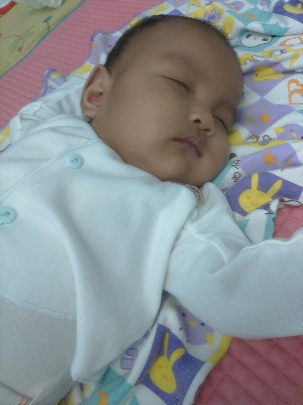 So sleepy, she's Kia Belle