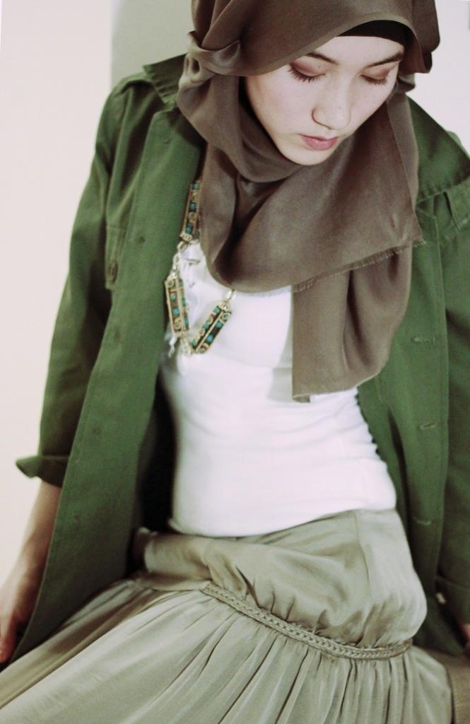 Green | HNTAJ