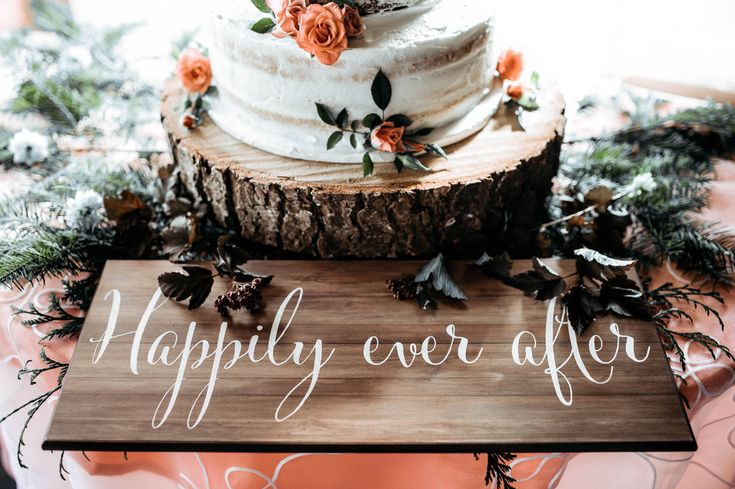 Wedding DIY details like this are priceless! Happily Ever After #PowellRiver by Ebony Logins. www.redcedarphoto.com