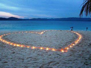 LOVE THIS FOR A BEACH WEDDING!!!