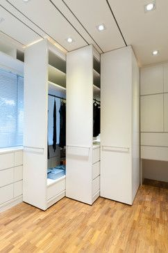 Apartment at Woollerton Park - Singapore - modern - closet - other metro - Architology