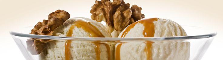 Crème glacée à l'érable et aux noix