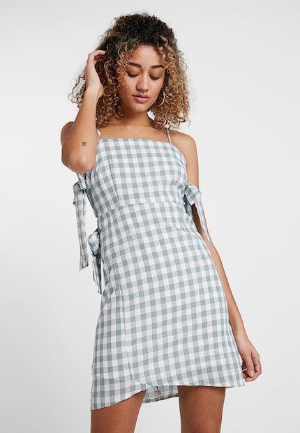 7e6b597b8209a Vêtements femme en ligne   Commandez dès maintenant sur Zalando ...